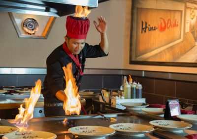Hino Oishi Hibachi Chef Shows
